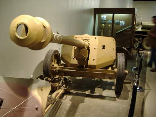 Click image for larger version.  Name:tank museums 022.jpg Views:366 Size:197.2 KB ID:114982