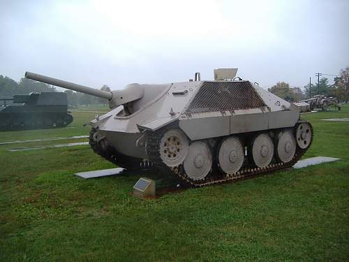 Click image for larger version.  Name:tank museums 205.jpg Views:995 Size:234.2 KB ID:115044