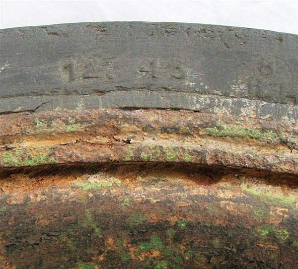 Click image for larger version.  Name:Sd Kfz 251 road wheel 004.jpg Views:88 Size:87.5 KB ID:20264
