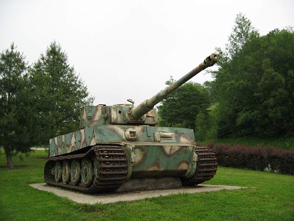Click image for larger version.  Name:Normandy 2007 2 124.jpg Views:274 Size:267.2 KB ID:448077