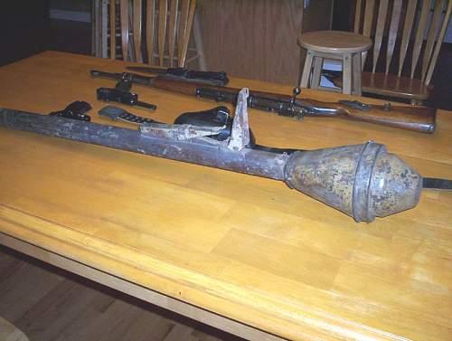 Panzerfaust trigger mechanism