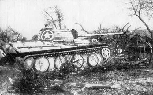 "Captured British Sherman ""Firefly"" in German service"