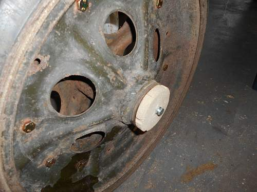 Click image for larger version.  Name:Double Hub Cap Fitted1.jpg Views:32 Size:134.1 KB ID:818251