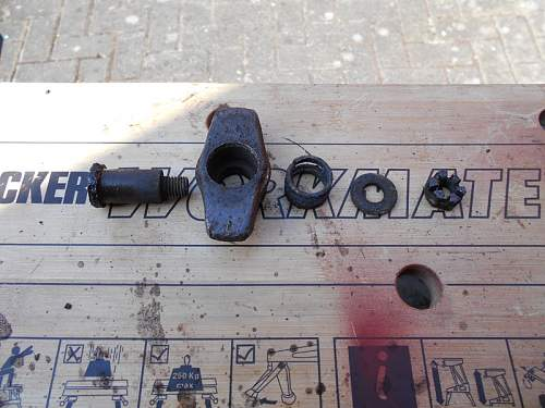 Click image for larger version.  Name:StuG III Gun Sight Main Roof Armour Latch1.jpg Views:53 Size:145.7 KB ID:830476