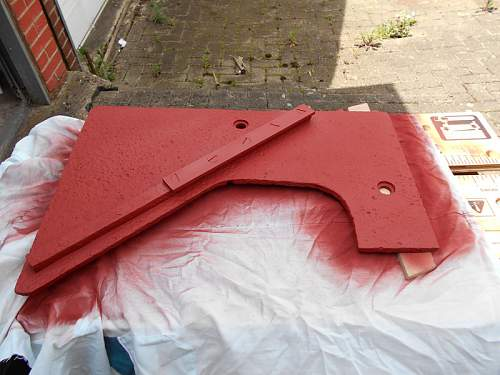 Click image for larger version.  Name:StuG III 2nd Plate Guide Rail Top Primer2.jpg Views:51 Size:137.6 KB ID:835442