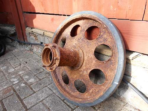 Click image for larger version.  Name:SdKfz 251 Wheel & Spacer2.jpg Views:220 Size:188.4 KB ID:838062