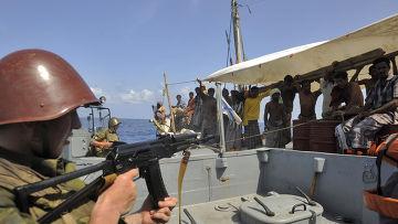 Russian Naval Commandos stop Somali pirates