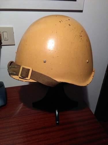 SSH 40 helmet yellow