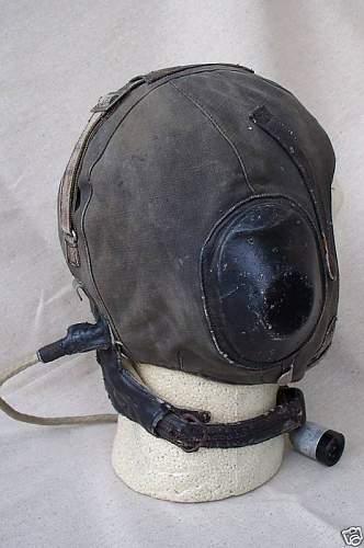 Flight helmet