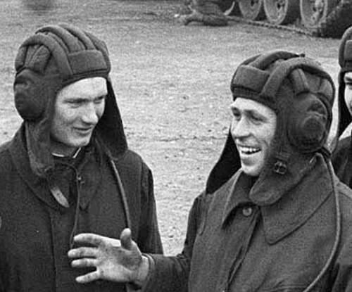 Post War Tanker Helmet Availability
