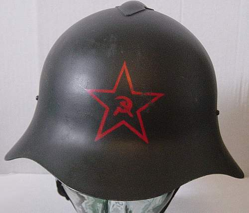 Early leather liner SSch36 helmet