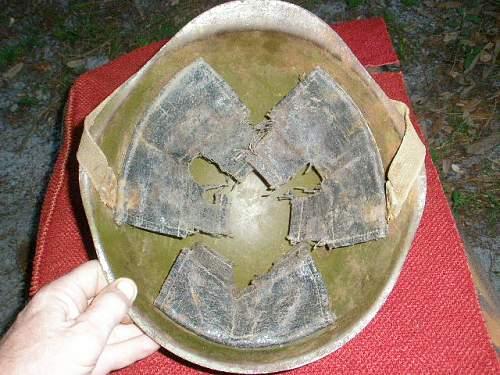 SSch40 Wartime Helmet?? Post War??  Help Needed