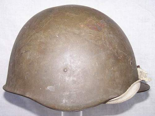 SSch40 Wartime Helmet?? Post War??  Help Needed