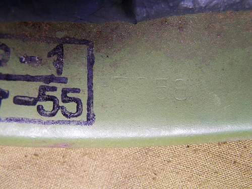 Steel helmet Ssch 39 and 40 Batch/size font