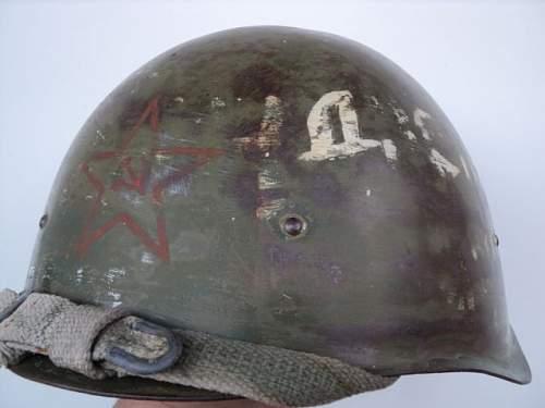 Click image for larger version.  Name:WW2 Original Russian helmet SSH-40b.JPG Views:159 Size:36.4 KB ID:586153