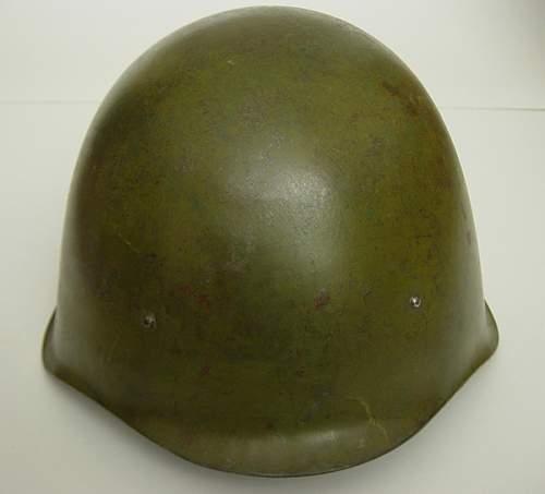 Click image for larger version.  Name:Soviet-M40-helmet-showing-R.jpg Views:1816 Size:169.8 KB ID:6326