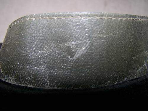 Soviet visor hats construction: how to recognize war time issue?