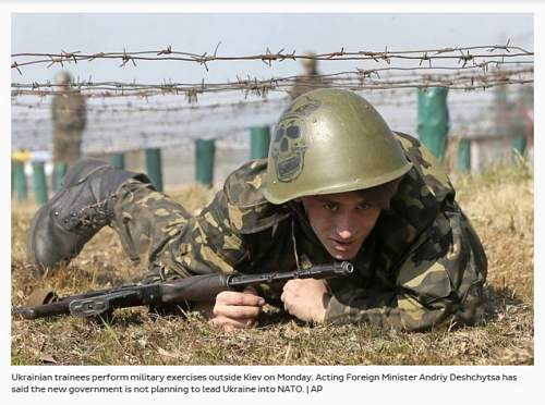 Ukrainian soldier with Ssh68 with artwork