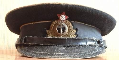 Any original ww2 era visor caps?