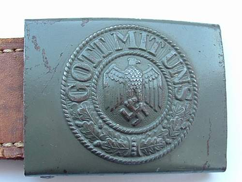 Eagles heads on Wehrmacht buckles