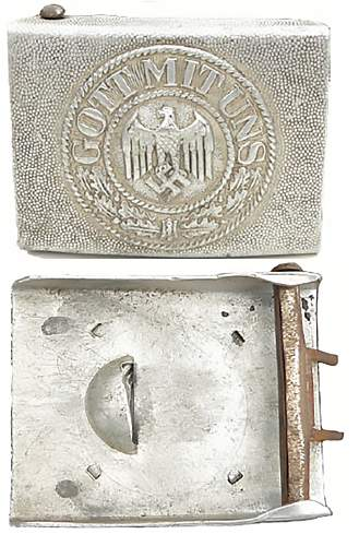 Right facing eagle early buckles