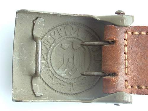 Unmarked buckle