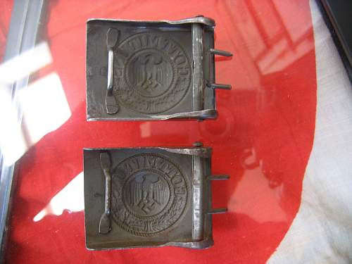 N&H 1942 Buckles - comparing