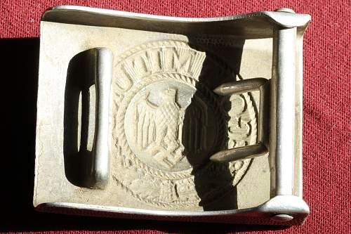 Click image for larger version.  Name:NSDAP pins 180.jpg Views:44 Size:263.5 KB ID:319638