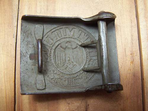 Have a belt buckle want some info