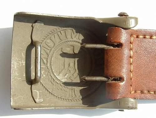 Click image for larger version.  Name:M4_93 Steel Bruder Schnieder AG Wein 1940 Rear.JPG Views:91 Size:61.1 KB ID:437688