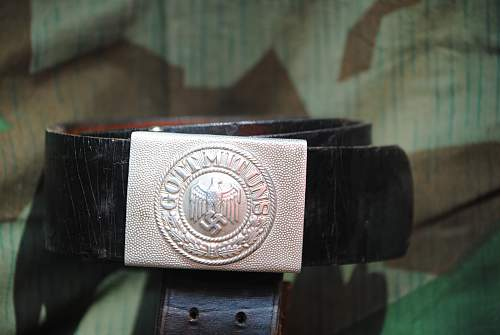 Click image for larger version.  Name:robs militaria 014.jpg Views:26 Size:310.3 KB ID:725941
