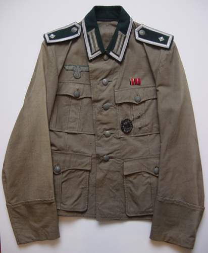 Click image for larger version.  Name:Heer NCO's summer weight tunic..jpg Views:706 Size:220.8 KB ID:10035