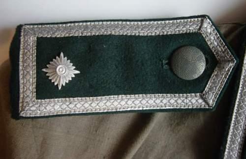 Click image for larger version.  Name:Feldbluse pattern shoulder strap..jpg Views:165 Size:31.8 KB ID:10041