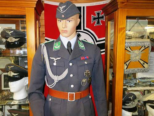 Click image for larger version.  Name:With adjutant's aiguillette 003.jpg Views:91 Size:223.4 KB ID:1035635