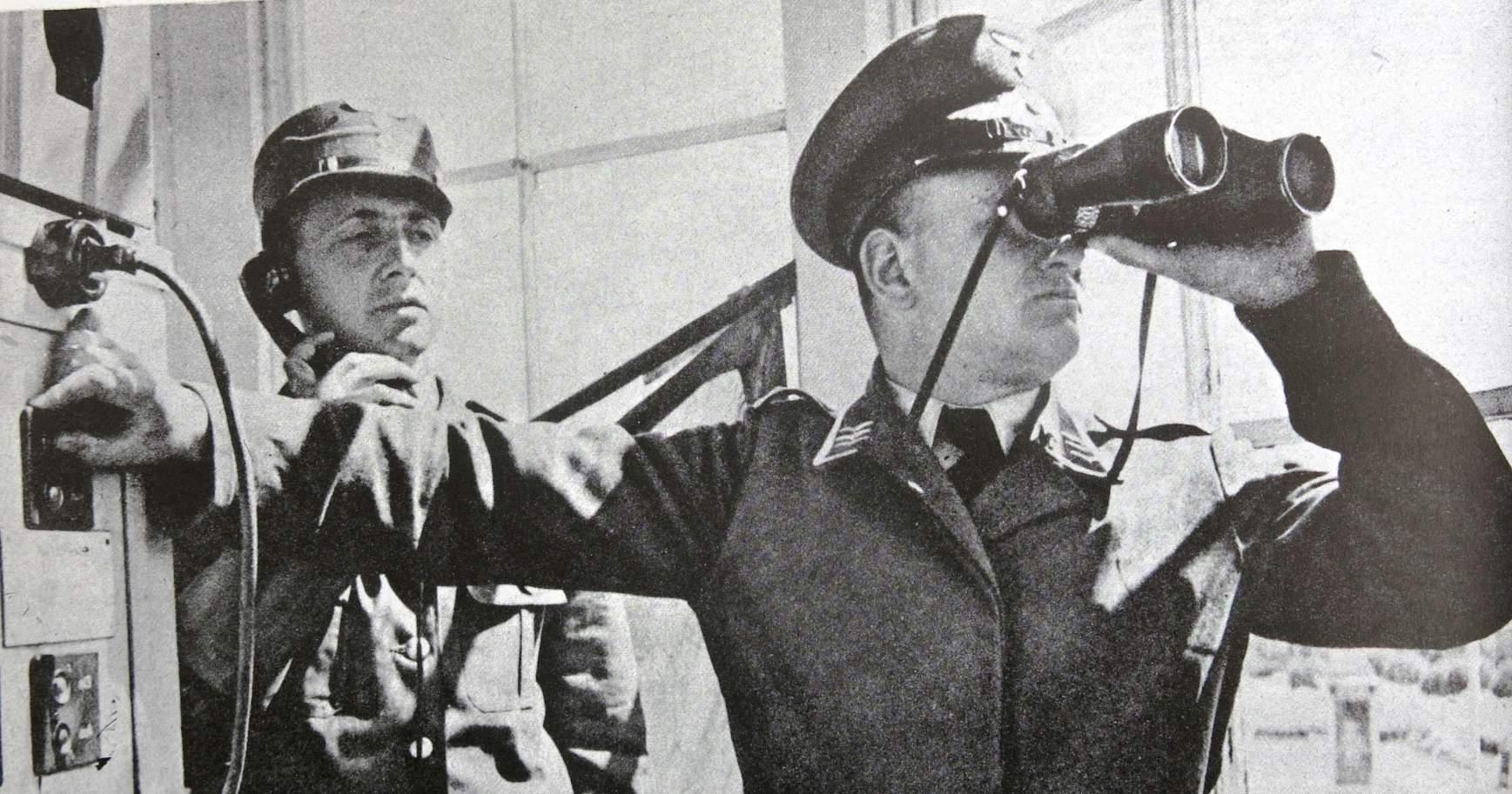 Reichluftausichtdienst Der Luftwaffe Page 2