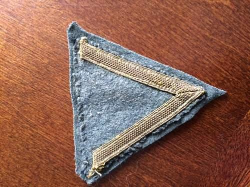 Need help identifying insignia