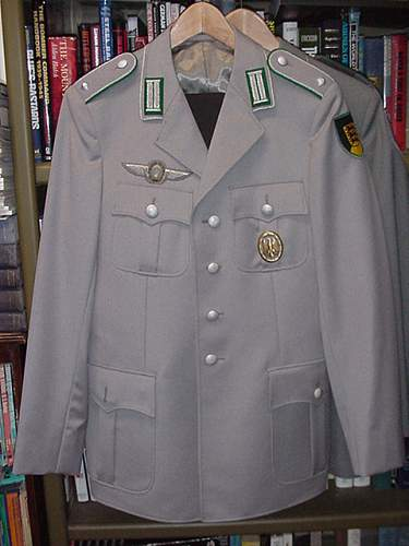 Click image for larger version.  Name:Officers Jacket.JPG Views:47 Size:73.0 KB ID:10849