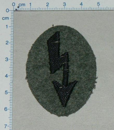 Engineer radio operator insignia/Aermelabzeichen Funker Pioniere: Authentic?