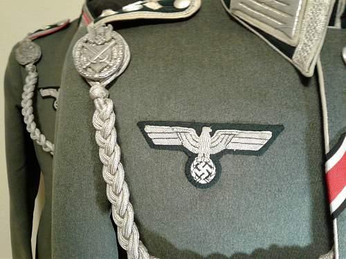 IR 40 Waffenrock