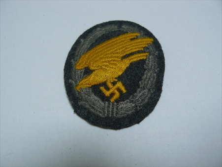 Luftwaffe Insignia - A few pictures