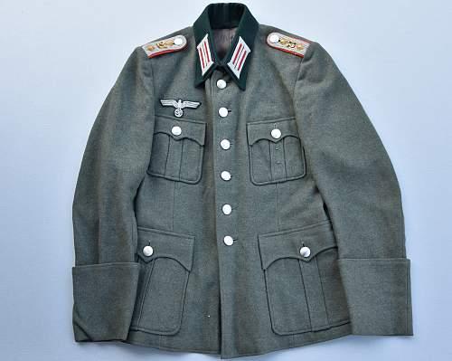 Artillery Officer Feldbluse genuine?