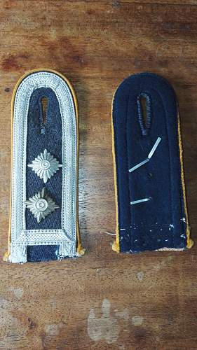 Luftwaffe flight or paratroop shoulder straps