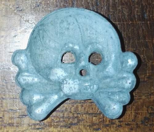 Panzer collar skull?