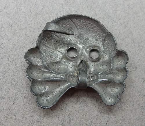 Panzer collar tab skull, original?