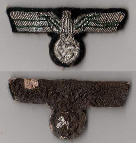 Heer M36 Officer's Tunic Insigna