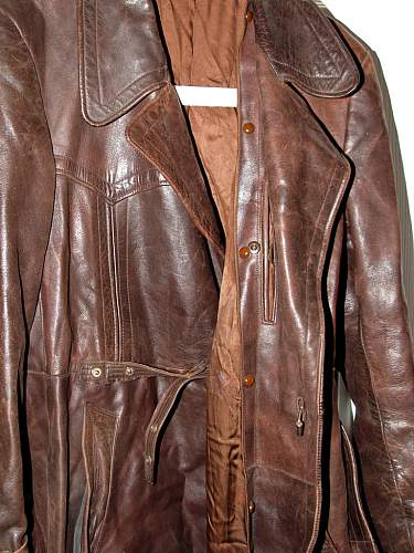 Click image for larger version.  Name:brown-greatcoat7.jpg Views:176 Size:240.1 KB ID:150262