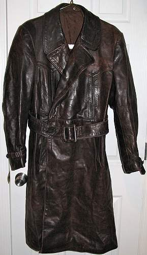 Click image for larger version.  Name:brown-greatcoat1.jpg Views:160 Size:213.3 KB ID:150263