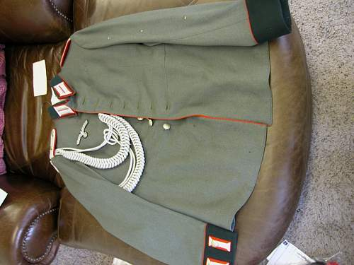 Click image for larger version.  Name:Army Arillery Parade Tunic 2nd Lr. 51st Reg #8.JPG Views:40 Size:197.4 KB ID:162120