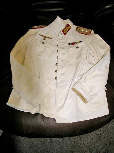 Army White Walking Tunic Lt. General Infantry?  Does it have what it takes to pass muster?