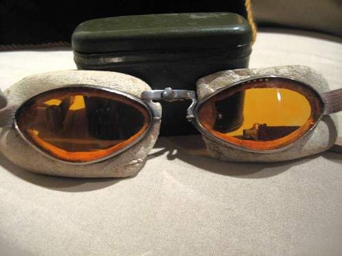 Click image for larger version.  Name:GOGGLES MM.jpg Views:368 Size:54.3 KB ID:172914